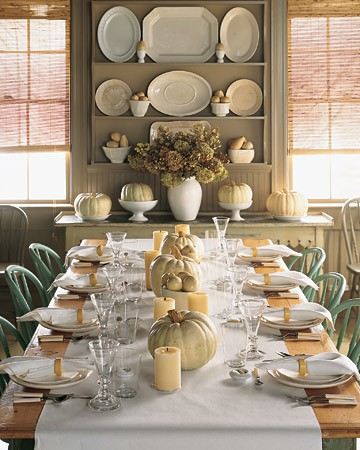 The House of Smiths transformed their dining room shelves with a ...